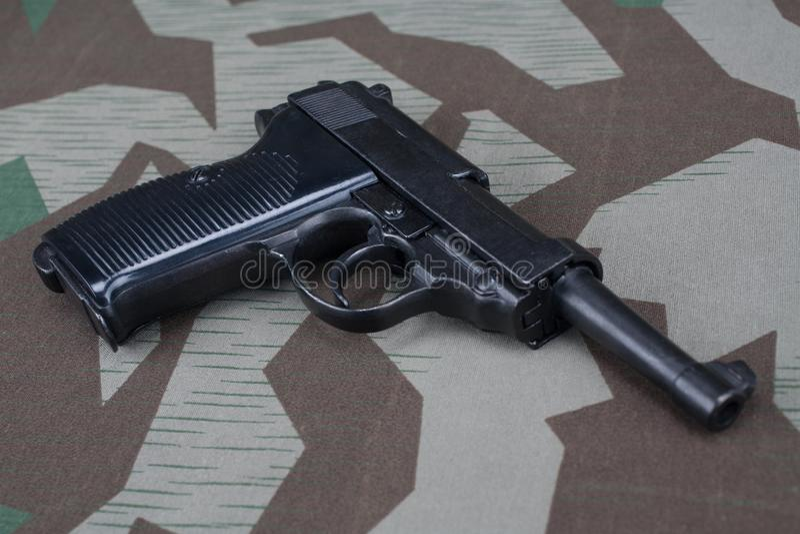 WWII时代纳粹德国军队9 mm半自动手枪 免版税库存照片