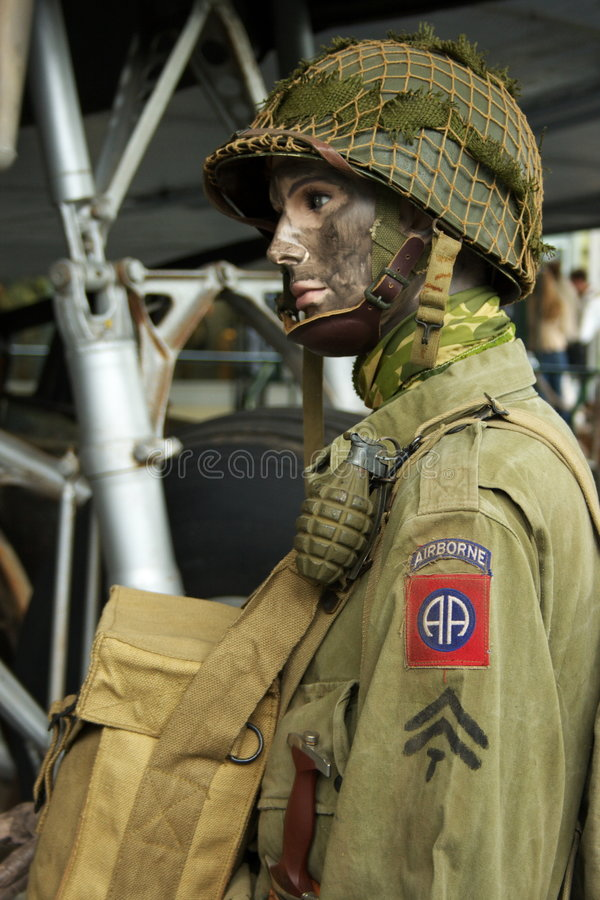 WWII Amerikaner-Fallschirmjäger   lizenzfreie stockfotografie