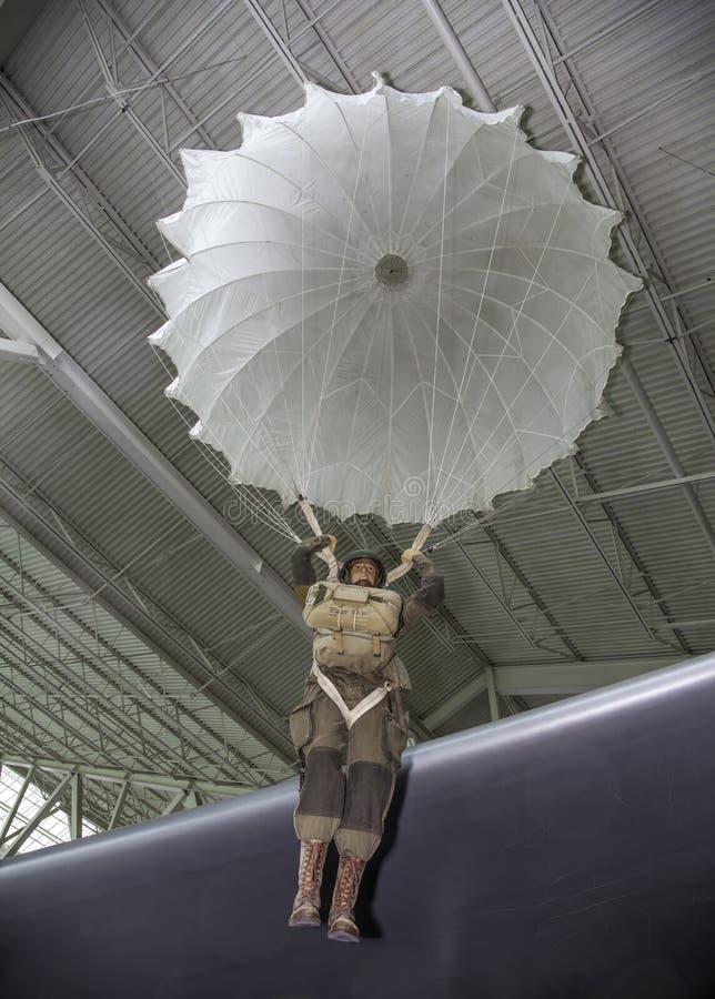 WWII-fallskärmsjägare royaltyfri foto