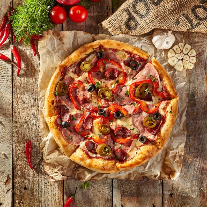 Wyśmienicie świeża pizza obraz stock