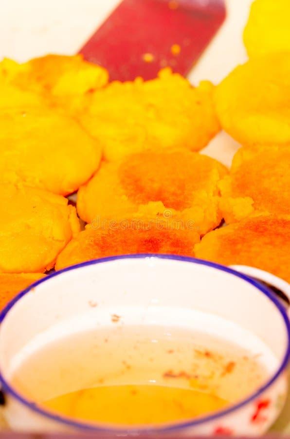 Wyśmienicie croquettes puree ziemniaczane smażyli z czystym olejem zdjęcie royalty free