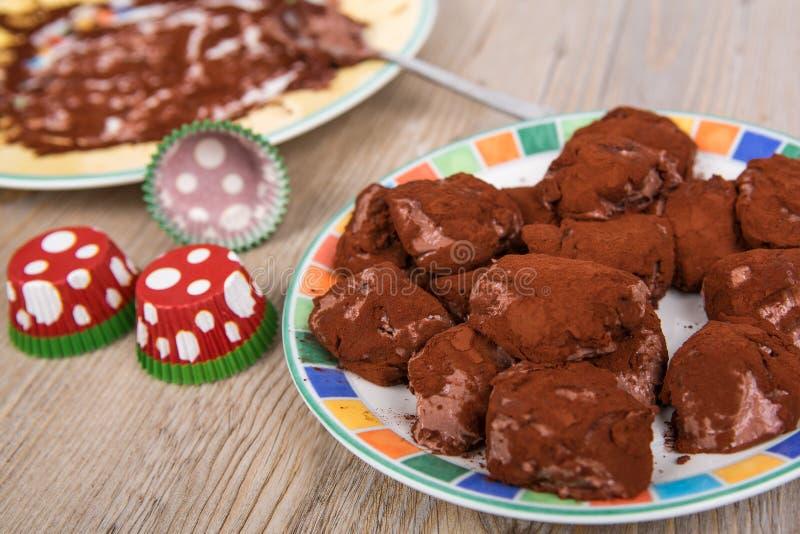 Wyśmienicie domowej roboty czekoladowej trufli praline obraz stock
