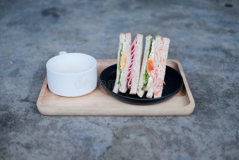 Wyśmienicie dwa kanapka z mlekiem fotografia stock