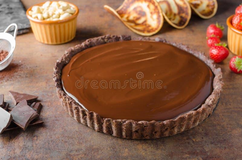 Wyśmienicie karmel czekolady tarta obrazy stock