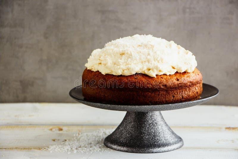 Wyśmienicie kokosowy tort obraz stock