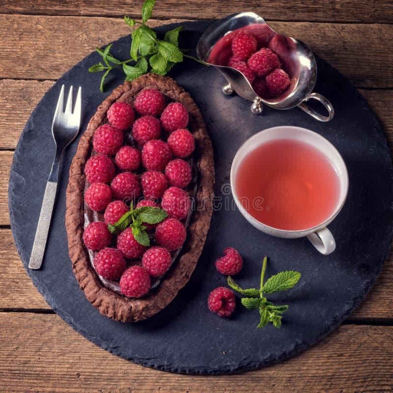 Wyśmienicie malinowy czekoladowy tarta z ricotta serem fotografia stock