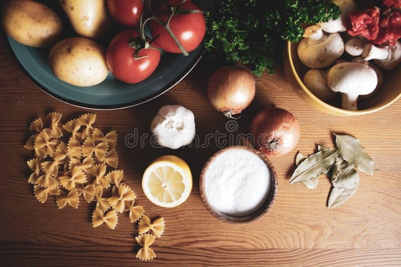 Wyśmienicie polewek Wyśmienicie polewki, Domowej roboty, znakomity klasyczny gastronomy, fotografia stock