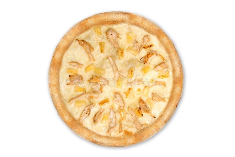 Wyśmienicie włoska pizza z ananasami i kurczaka polędwicowy odosobniony na białym tle, odgórny widok obrazy stock