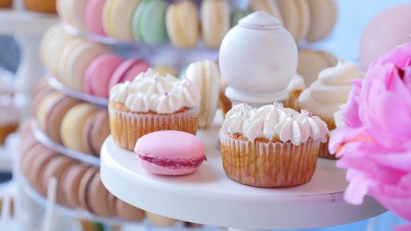 Wyśmienicie wesele cukierku baru deseru stół obraz stock