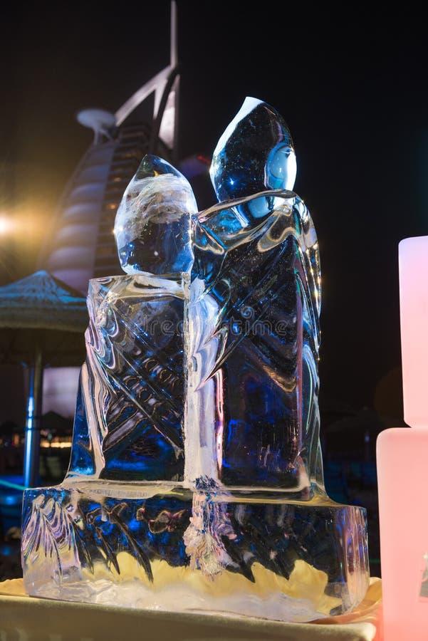 Wyśmienita ręcznie robiony lodowa rzeźba przy plażowym śniadanio-lunch w Dubai, uae zdjęcia stock