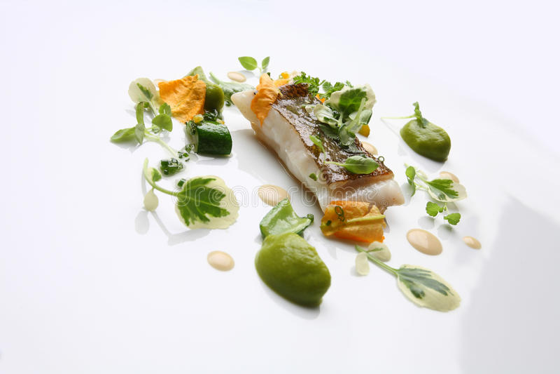 Wyśmienitego jedzenia morszczuka warzywa fotografia stock