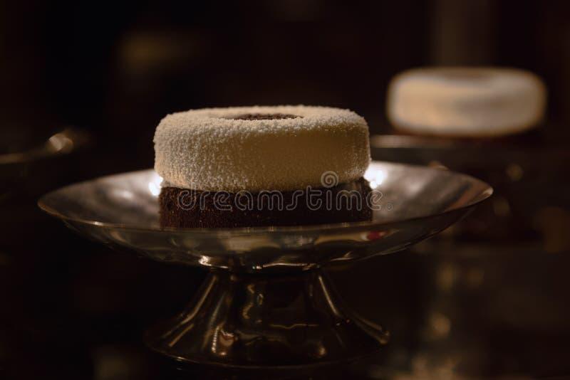 Wyśmienity deser w restauracyjnym, luksusowym partyjnym jedzeniu, obrazy stock