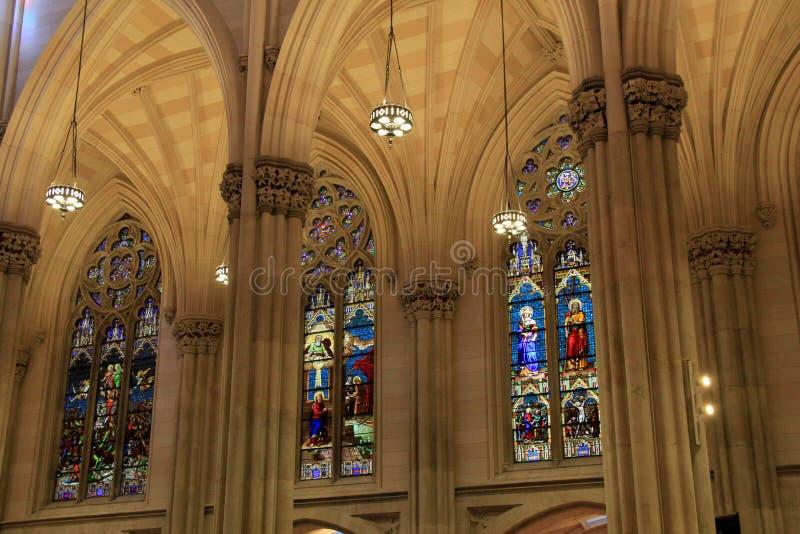 Wyśmienity szczegół w wewnętrznej architekturze, St Patrick katedra, NYC, 2015 fotografia stock