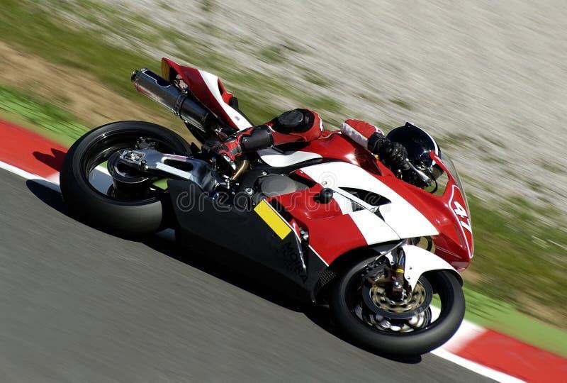 Download Wyścigi motocykla obraz stock. Obraz złożonej z honda, czerwień - 128569