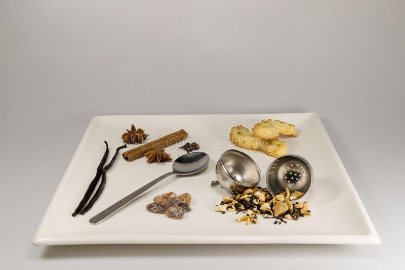 Wybór herbaciani składniki i ciastka zdjęcia royalty free