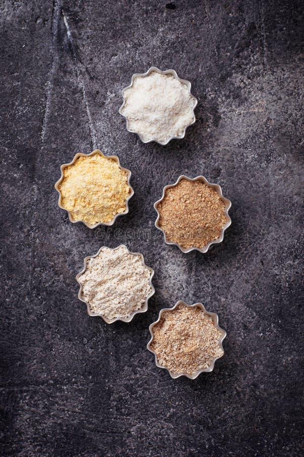 Wybór różnorodny gluten uwalnia mąkę fotografia royalty free