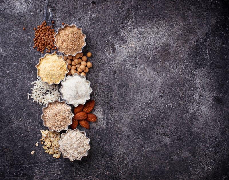 Wybór różnorodny gluten uwalnia mąkę fotografia stock