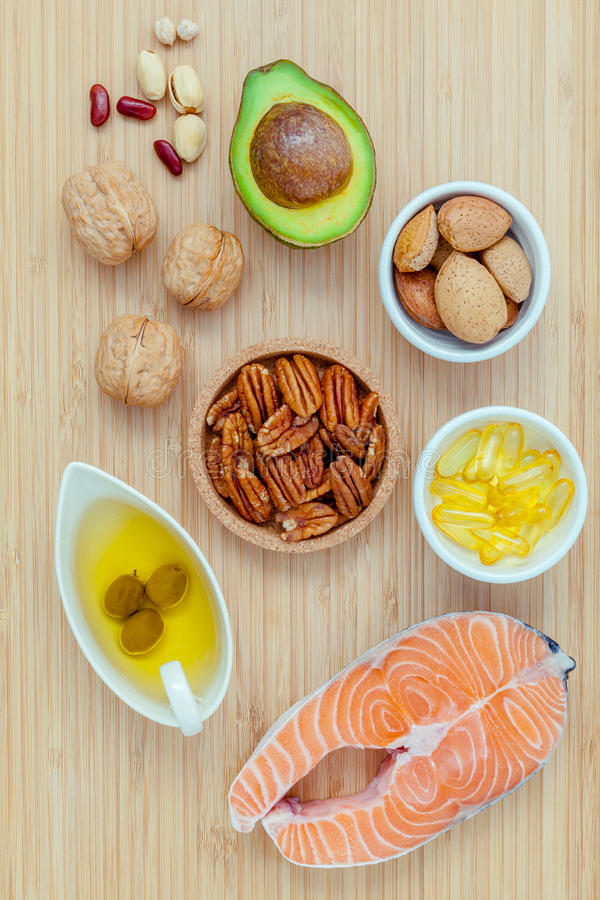 Wyborów karmowi źródła omega 3 i nieprzepojeni sadło super fo zdjęcie stock