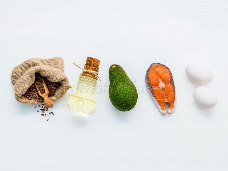 Wyborów karmowi źródła omega 3 Super karmowa wysoka omega 3 i obraz stock