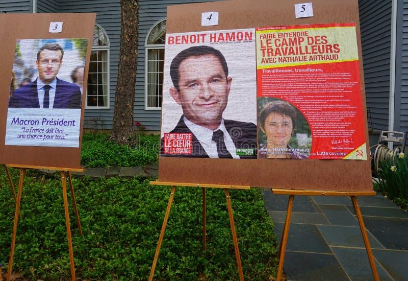 Wyborcy głosują w pierwszy round 2017 Francuskich wybór prezydenci fotografia royalty free