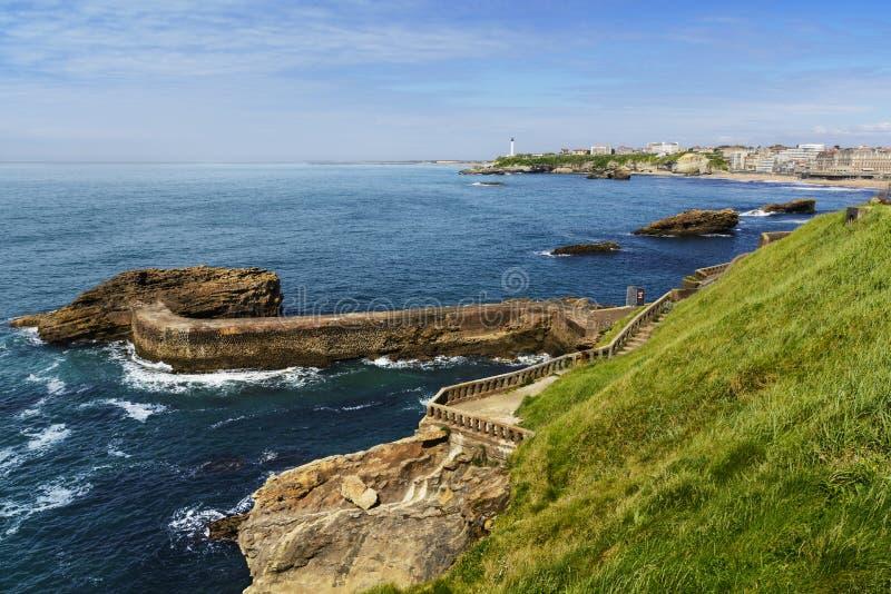 Wybrzeże i latarnia morska Biarritz, Francja obraz royalty free