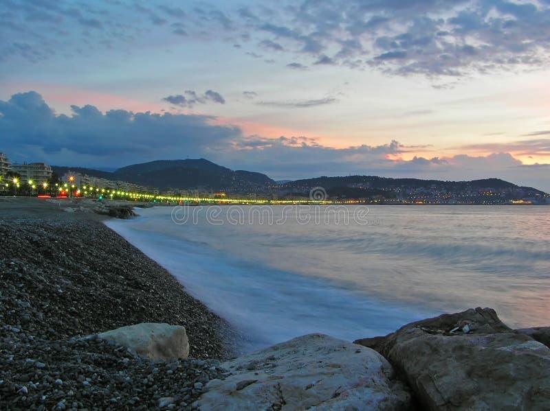 wybrzeże nad świtem zdjęcia royalty free