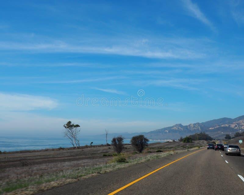 Wybrzeże Pacyfiku autostrady widok wzdłuż wybrzeża obrazy royalty free