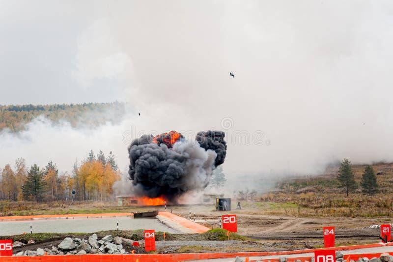 Wybuch thermite bomba od Solncepek wyrzutni zdjęcia stock