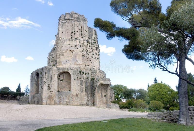 Wycieczka turysyczna Magne, Magne wierza, Nîmes, Francja obraz royalty free