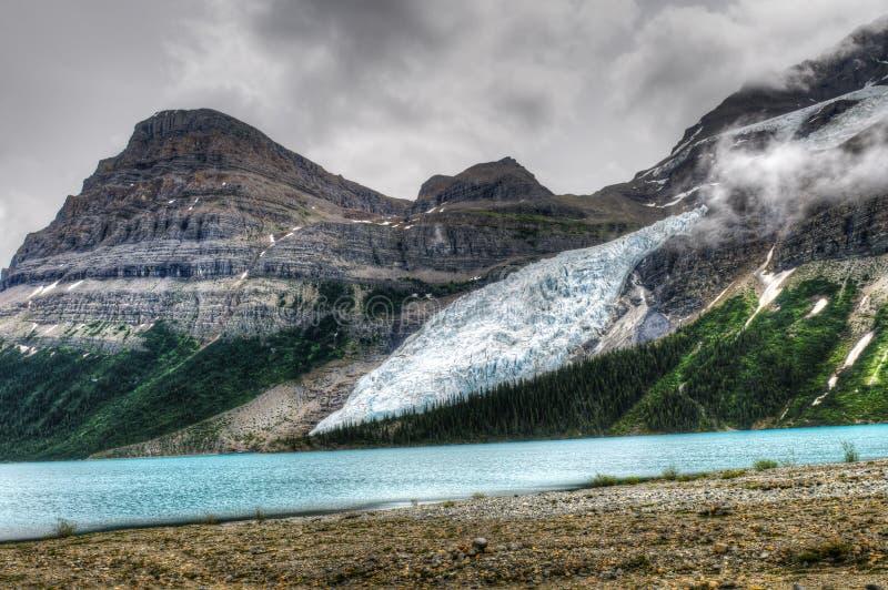 Wycieczkować góra lodowa Jeziornego ślad zdjęcia royalty free