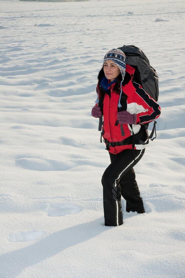 Wycieczkowicza śnieg Zdjęcia Royalty Free