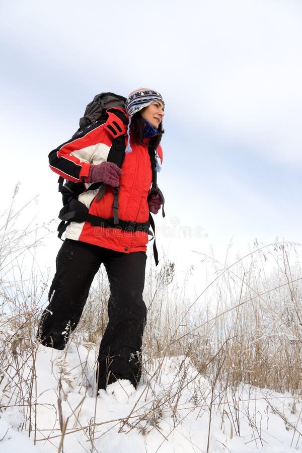 Download Wycieczkowicza śnieg obraz stock. Obraz złożonej z nakrętka - 7715967