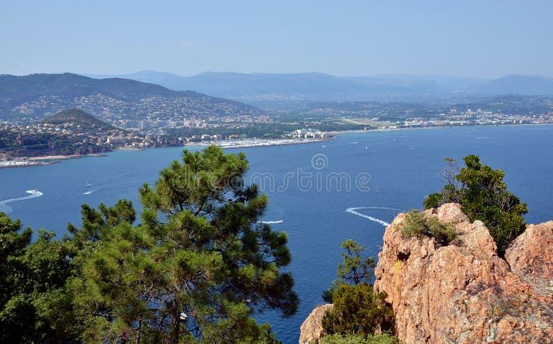 Wycieczkujący blisko MER, Francuski Riviera fotografia royalty free