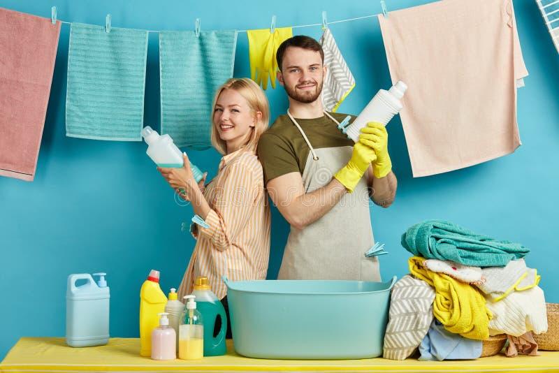Wydajny dobry detergent pomaga ciebie zabijać wszystkie bakterie zdjęcia stock