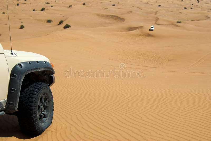 Wydmowa jazda w arabskiej pustyni obraz stock