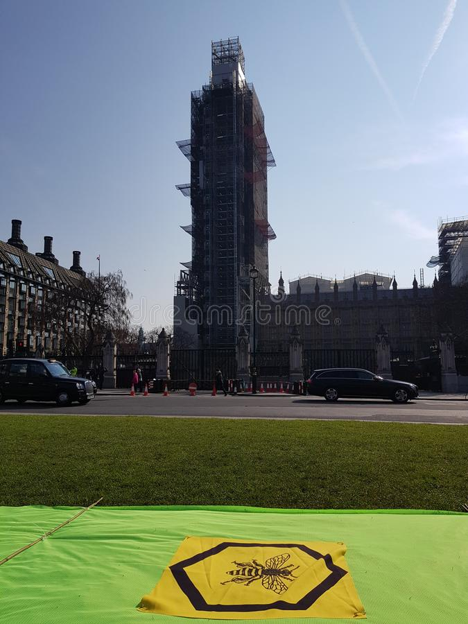 Wygaśnięcie bunt: Klimatów protestujący w Środkowym Londyn obrazy royalty free