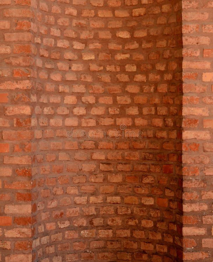 Wyginający się Brickwork obrazy stock
