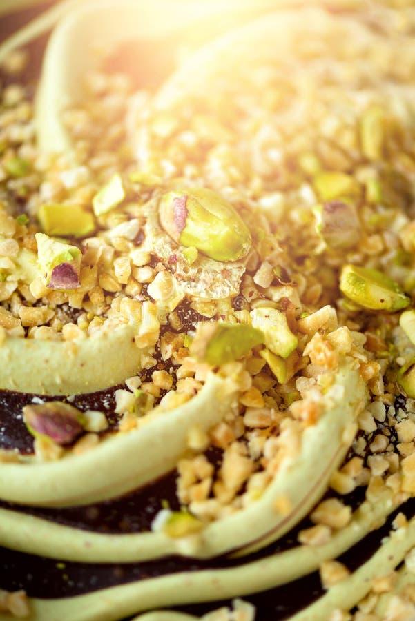 Wygrzebany pistacjowy lody tło Lata karmowy pojęcie, kopii przestrzeń, odgórny widok Słodki jogurtu deser lub zielona herbata lód obrazy royalty free