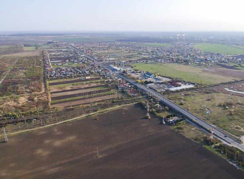 Wyjście drogi most na południowej stronie Ploiesti, Rumunia, widok z lotu ptaka obrazy royalty free