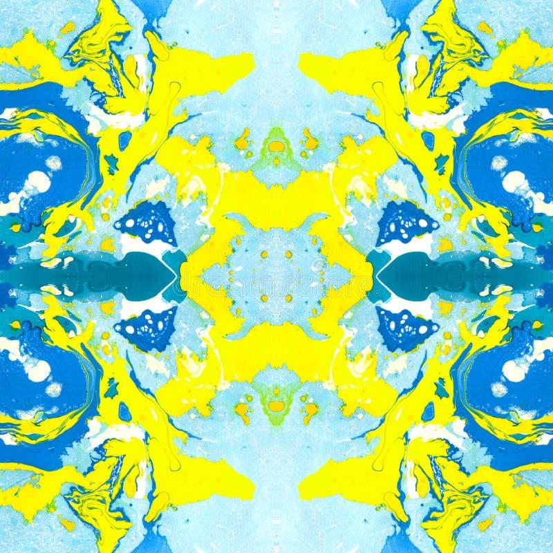Wykładać marmurem bezszwowego wzór bławy i żółty zdjęcie stock