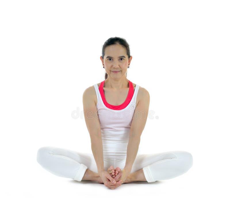 Download Wykonywanie Rozciąganie Kobiety Zdjęcie Stock - Obraz złożonej z ćwiczenie, fitness: 57661112