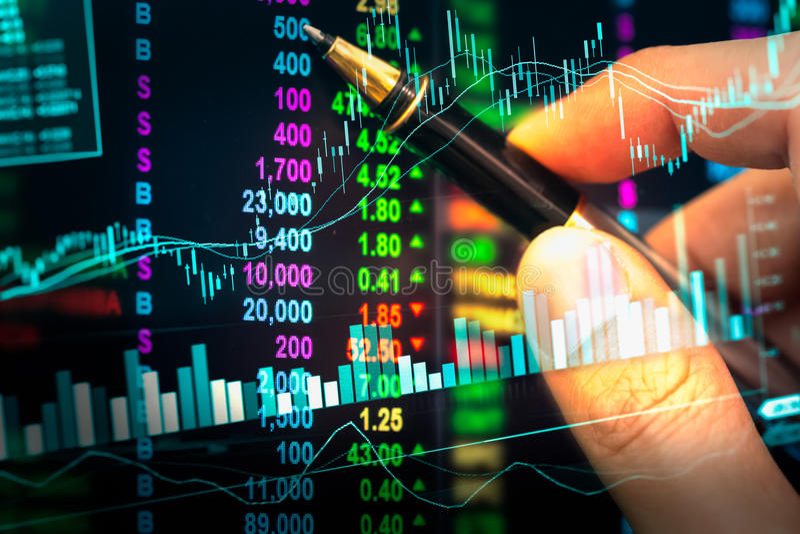 Wykres rynków papierów wartościowych dane i pieniężny z akcyjną analizą ind obraz royalty free