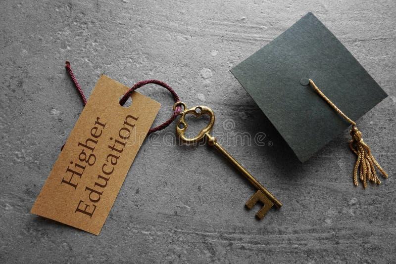 Wykształcenie Wyższe jest kluczem obrazy stock