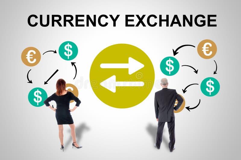 Wymiana walut pojęcie oglądający ludzie biznesu zdjęcie royalty free