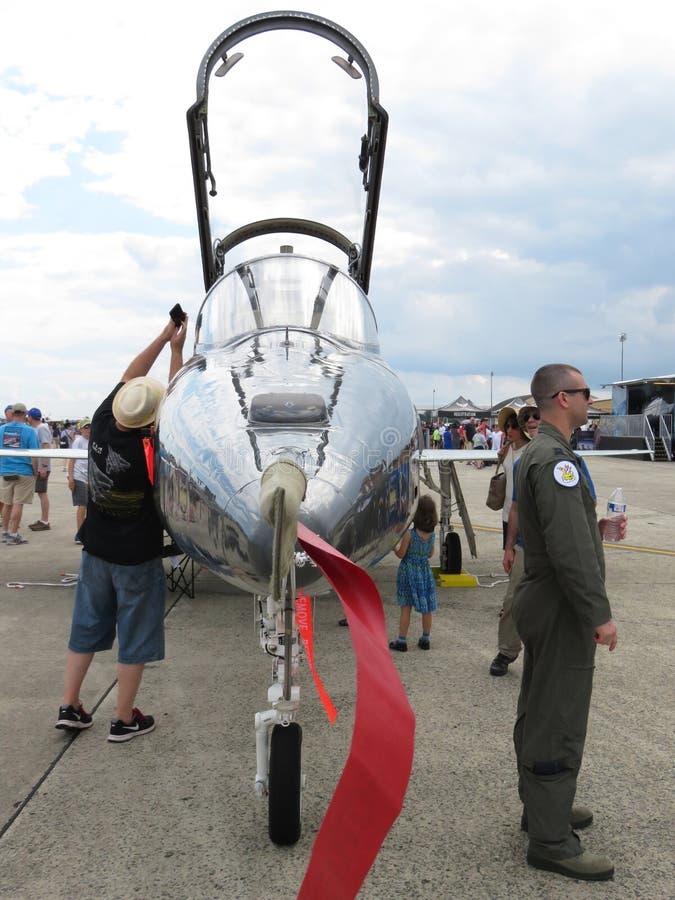 Wymuskany F 20 Tygrysiego rekinu myśliwiec odrzutowy zdjęcia stock