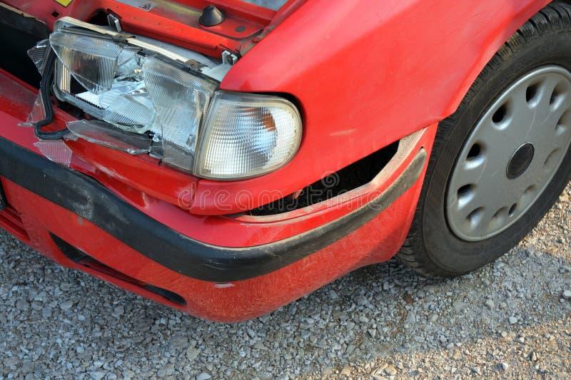 wypadek łamający samochodowy frontowy światło obraz stock