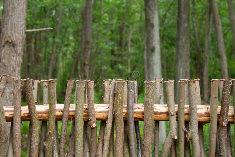Wyplatać od wierzbowych gałąź Ogrodzenie od gałąź obrazy stock