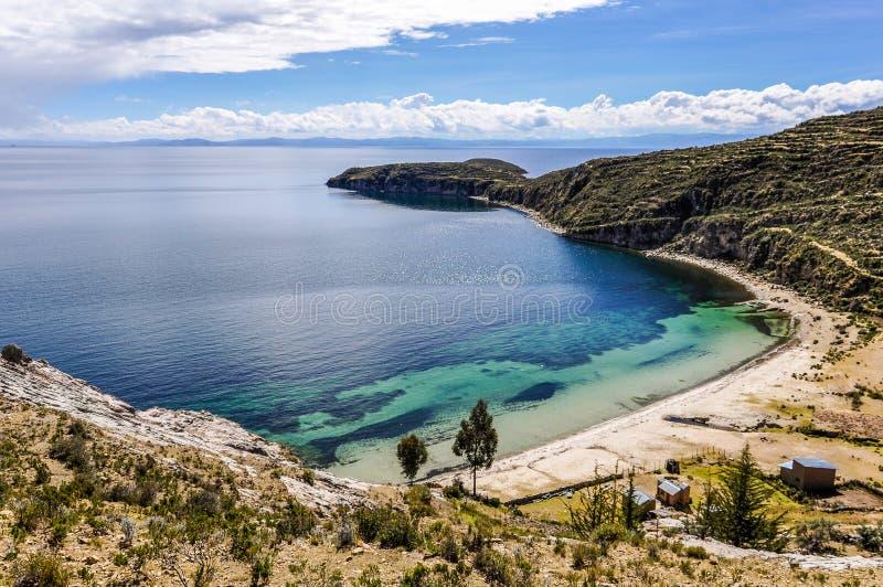 Wyrzucać na brzeg na Isla Del Zol na Jeziornym Titicaca w Boliwia fotografia stock