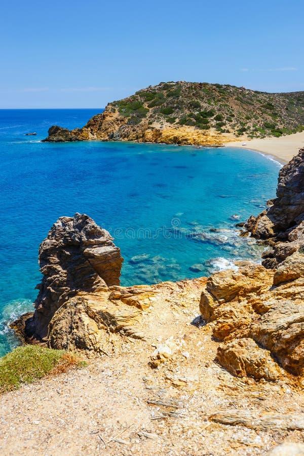 Wyrzucać na brzeg przy Vai z pięknym palmowym lasem na wschodnim Crete obraz royalty free
