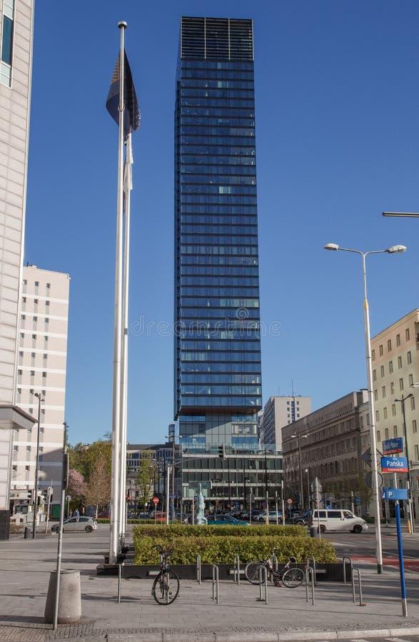 Wysocy budynki w centrum miasta Centrum Biznesu w Warszawa Wieżowowie Zlot 44 zdjęcia royalty free